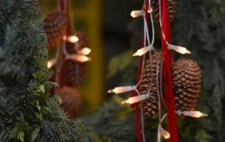 Weihnachtlicher Kranz im Foyer des Hauses